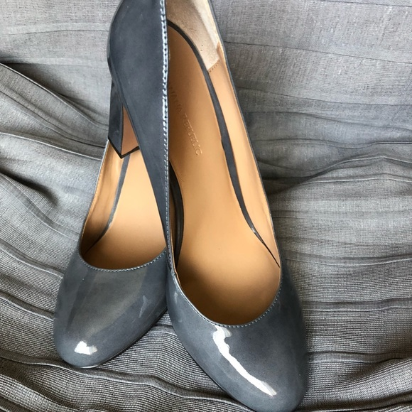 82052235db4 Banana Republic Shoes - Banana republic grey patent leather pumps